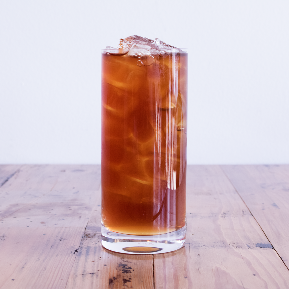 Black Iced Tea - Black Tea + Water + Ice