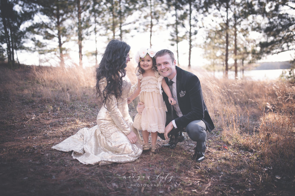 French-Family-Sunset-Photo-Session_NEPA-Photographer_Maeganlutzphotography-76-Edit-2.jpg