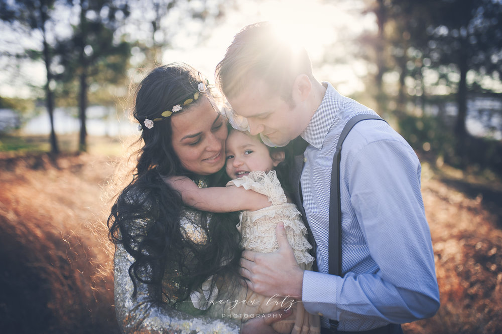 French-Family-Sunset-Photo-Session_NEPA-Photographer_Maeganlutzphotography-781-Edit2-2.jpg