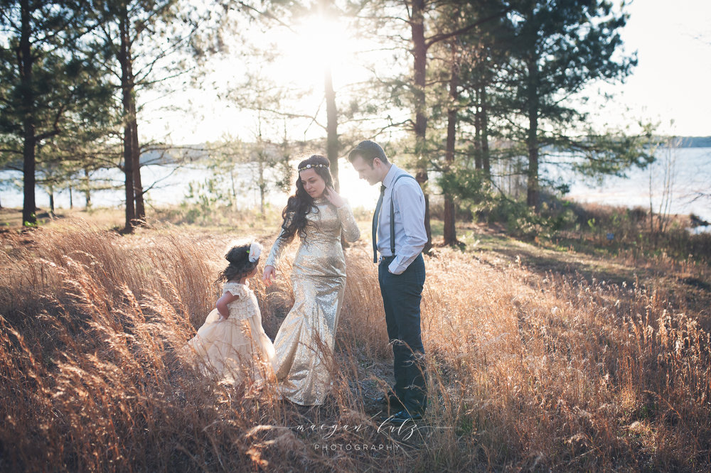 French-Family-Sunset-Photo-Session_NEPA-Photographer_Maeganlutzphotography-855-Edit.jpg