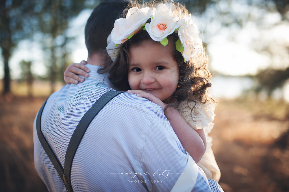 French-Family-Sunset-Photo-Session_NEPA-Photographer_Maeganlutzphotography-877-Edit.jpg
