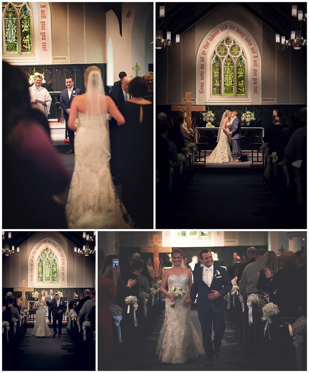 Wedding_Photographer_In_NEPA_Normandy_Farm_Catholic_Ceremony_0012.jpg