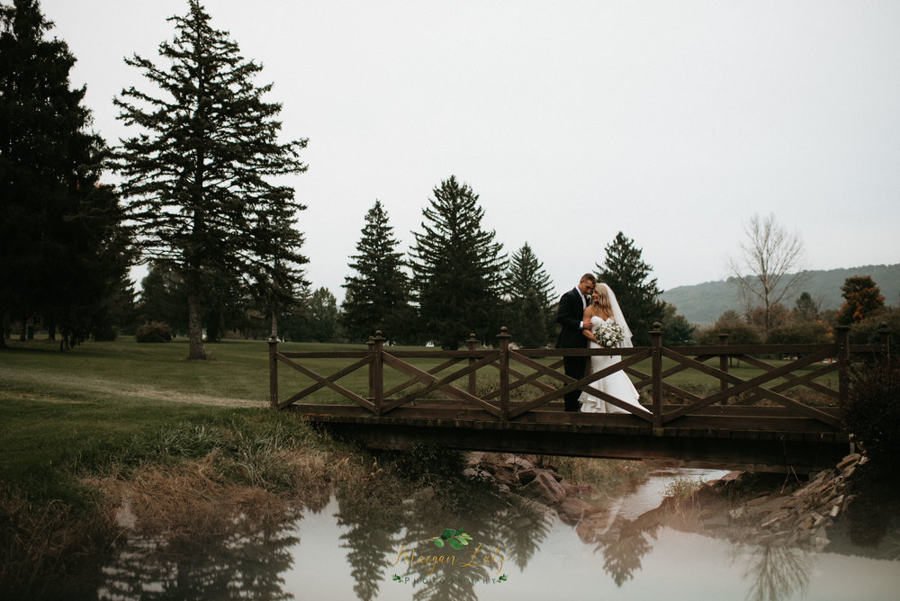 NEPA-Wedding-Photographer-at-the-Barn-at-Frosty-Valley-Danville-PA-86.jpg