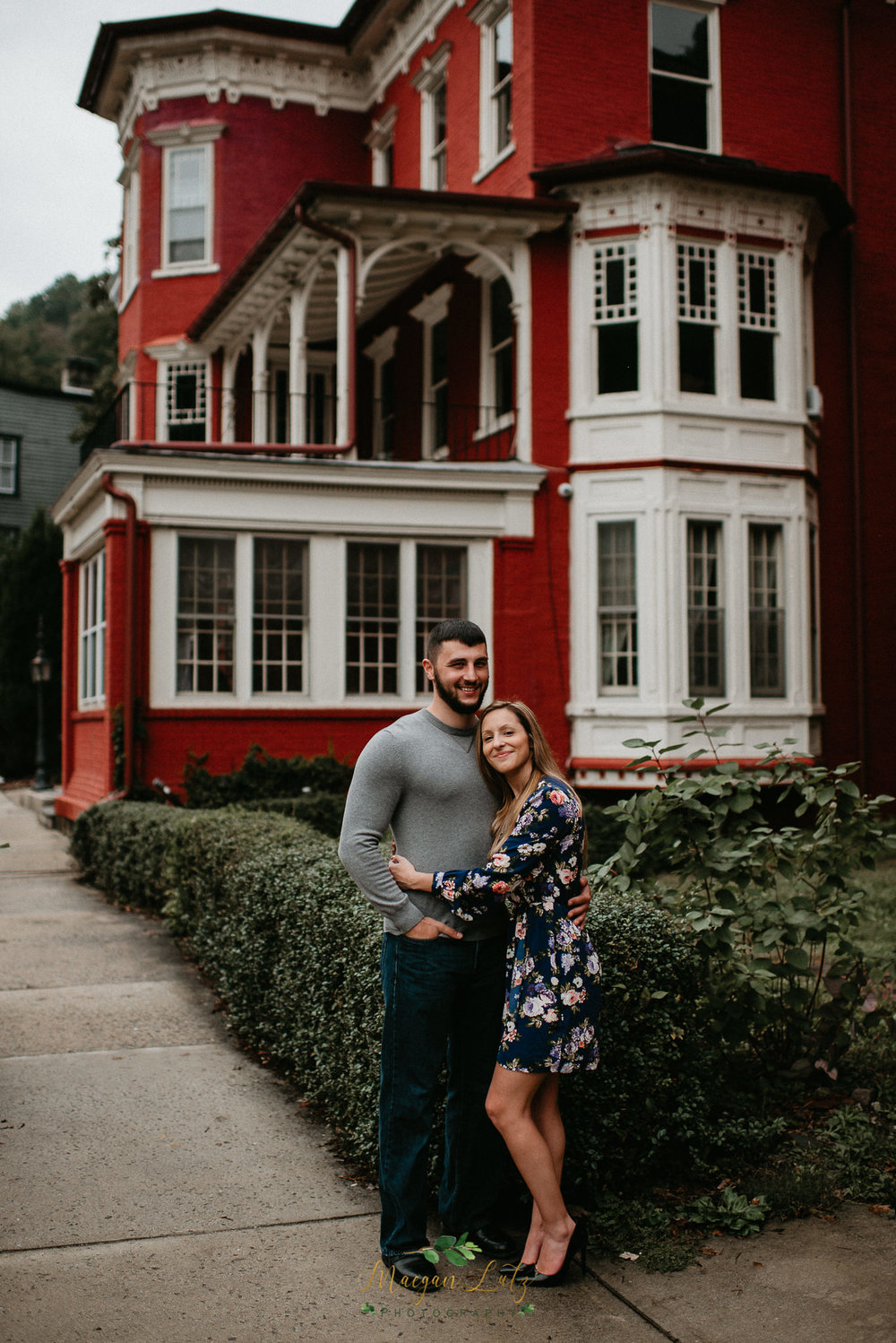 NEPA-Engagement-Session-at-Jim-Thorpe-PA-6.jpg