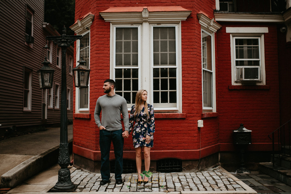 NEPA-Engagement-Session-at-Jim-Thorpe-PA-7.jpg