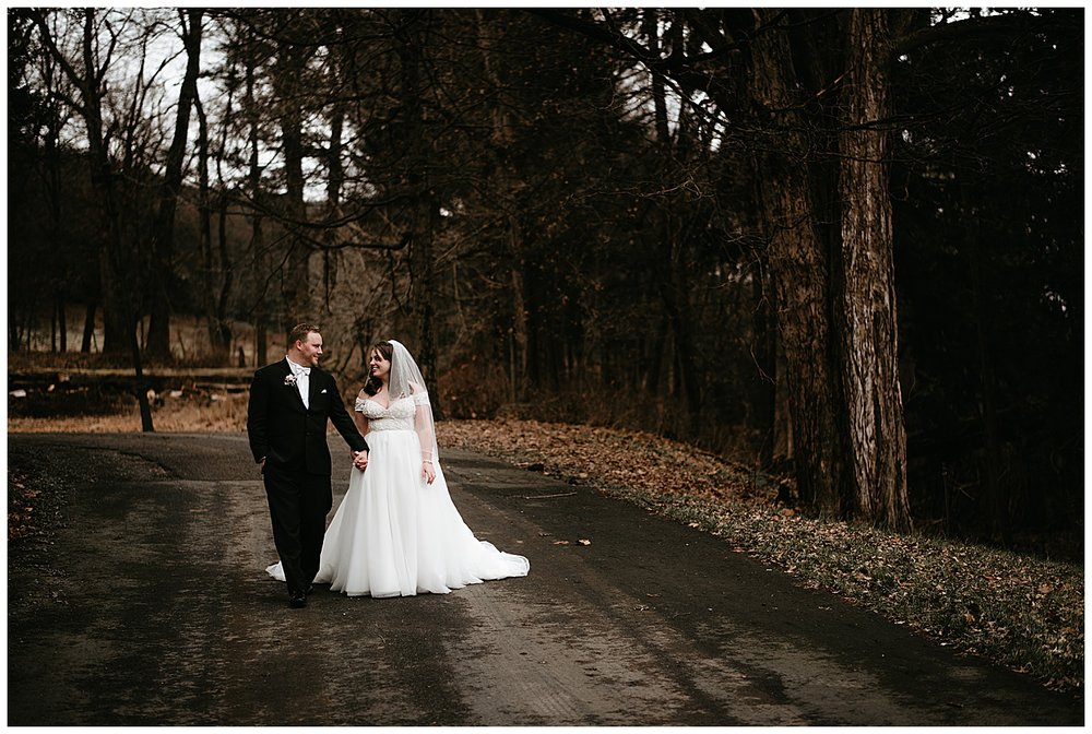 NEPA-wedding-photographer-in-Eastern-PA-the-lands-at-hillside-farm-Shavertown-PA_0045.jpg