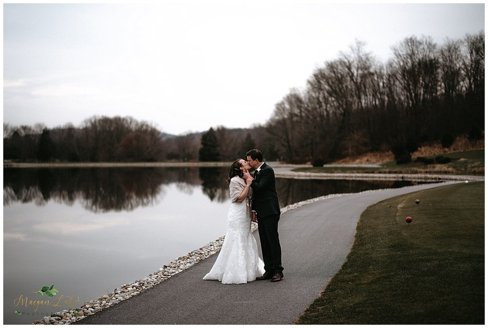 NEPA-wedding-photographer-at-Farmstead-Golf-and-country-club-LaFayette-Township-New-Jersey_0063.jpg