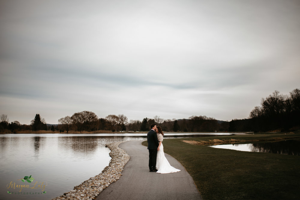 NEPA-wedding-photographer-at-Farmstead-Golf-and-country-club-LaFayette-Township-New-Jersey-135.jpg
