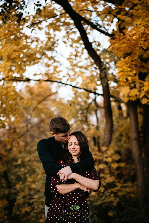 Eastern-PA-wedding-engagement-photographer-Lock-Ridge-Park-Alburtis-PA-26.jpg