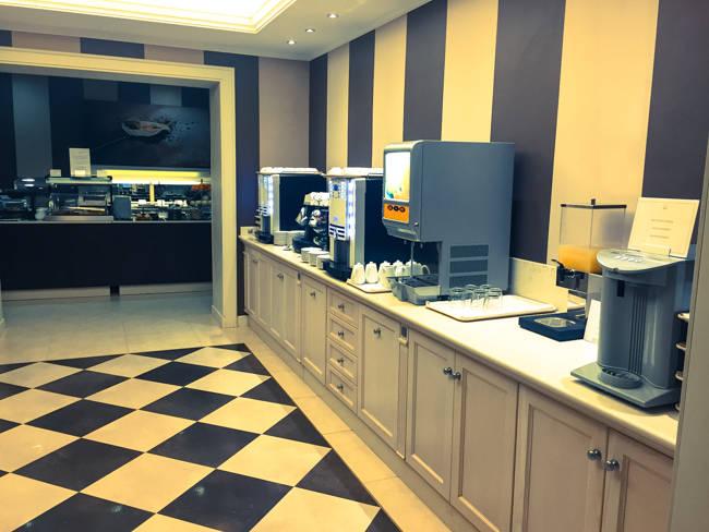 Coffee and tea corner Hotel Villa Rosa