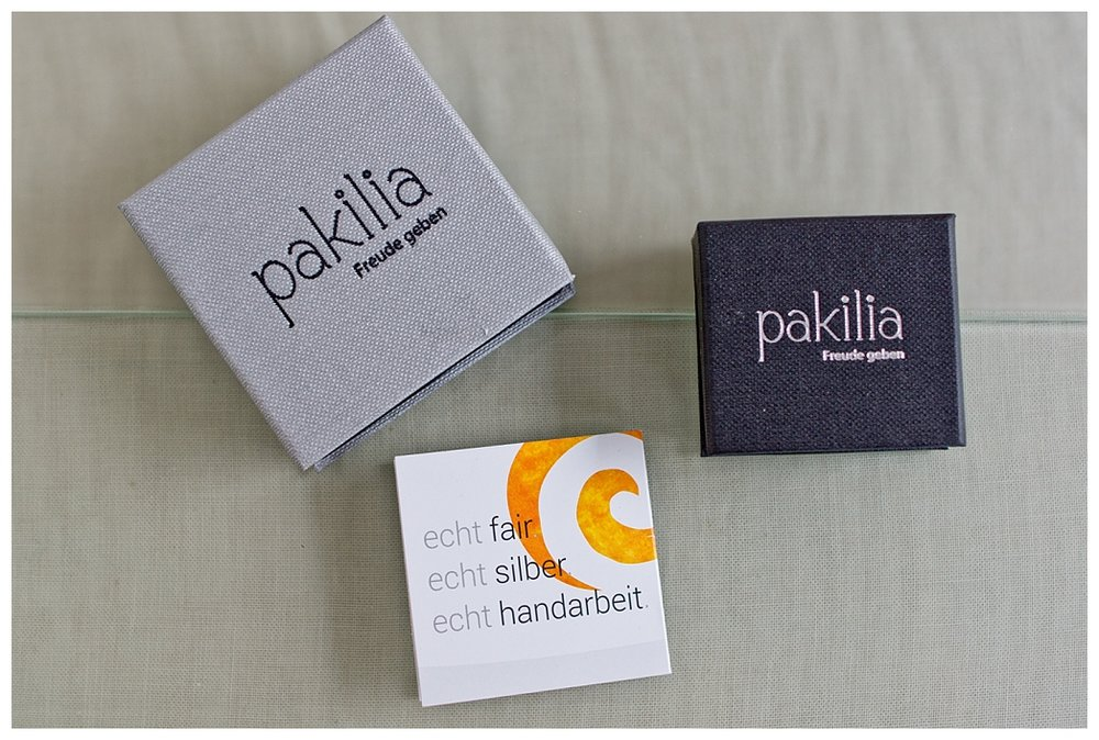 PAKILIA - SOZIALER SCHMUCK