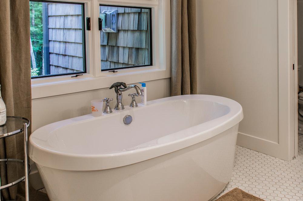 Young-10-bath.jpg