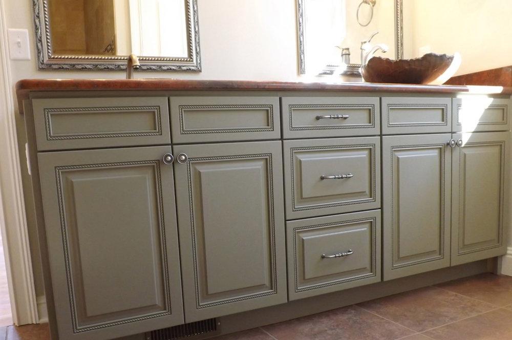 Cabinets in Montford Victorian