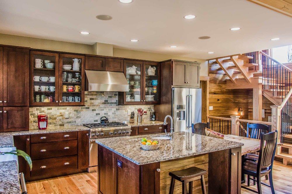 NAVR_kitchen_03.jpg