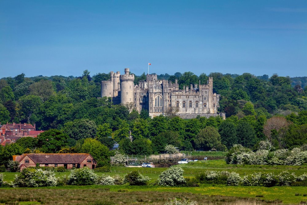 arundel-castle-arundel-uk-conde-nast-traveller-30july14-alamy_.jpg