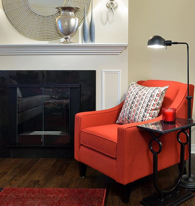 Touches of #Red make you fall in Love with this room everyday! #interiors by #GlenAndJamie #HappyValentinesDay