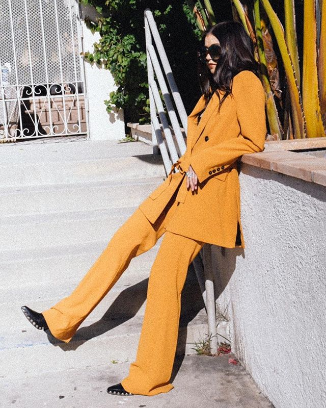 Yes, it is the @emrata wedding suit ✨⚡️✨ 📷: @eatprayphoto • • • • • #la #losangeles #brandshoot #lostinla #californialove #edits #fashion #ootd #instafashion #instastyle #girlboss #bts #inspiredliving #creativeliving #inspo #makeyourownluck #creativelifehappylife #tribe #lovewhatido #badandbougie #whoarewe #retro #myunicornlife #sheisnotlost