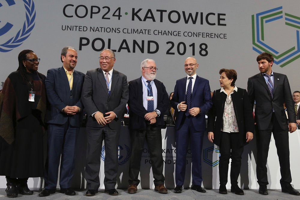Heads of the delegations react at the end of the final session of the COP24 summit on climate change in Katowice, Poland, Saturday, Dec. 15, 2018. Photo: Czarek Sokolowski/AP
