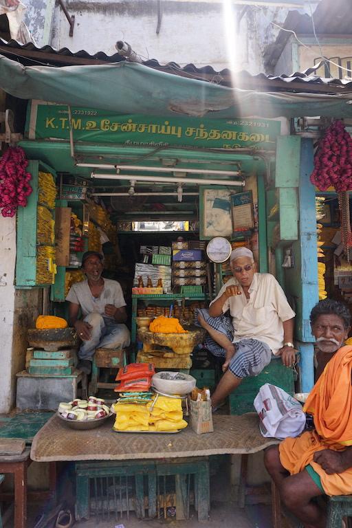travel-india-happiness
