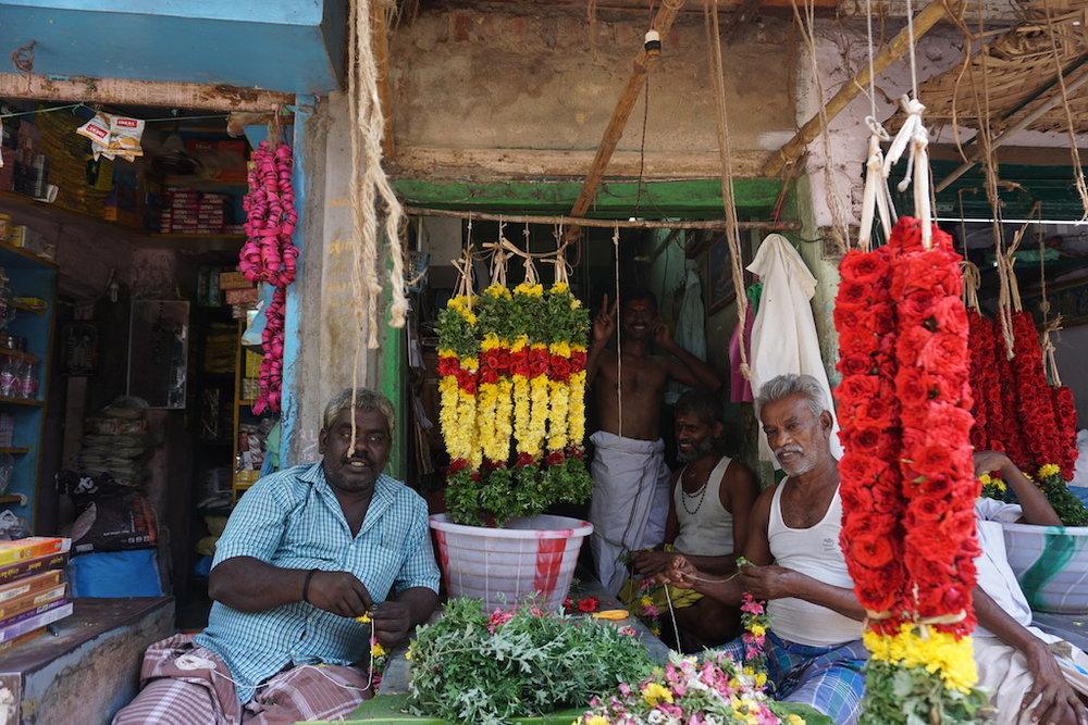 india-travel-happiness
