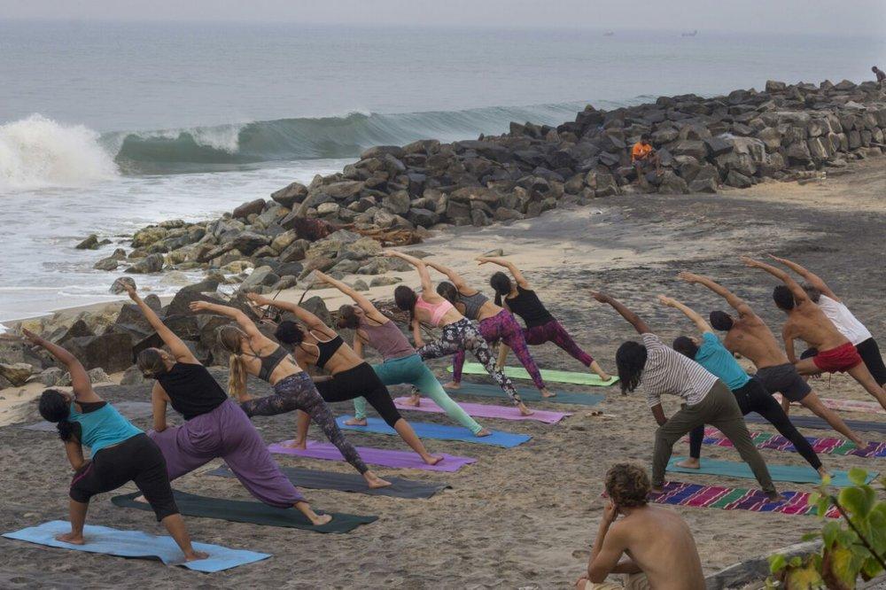 yoga-health-travel