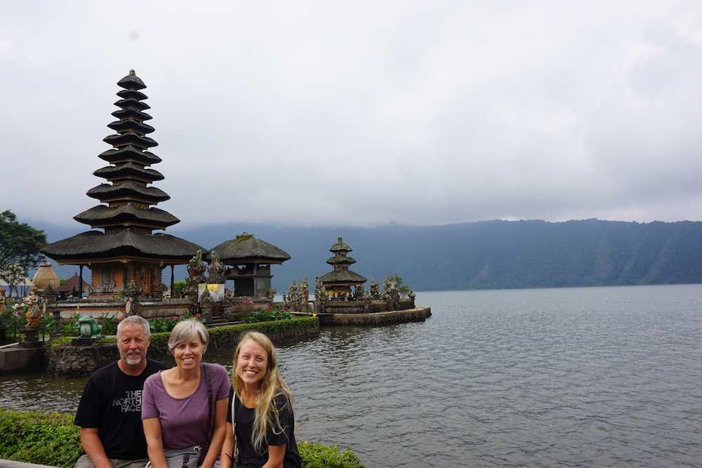 bali-temple-travel