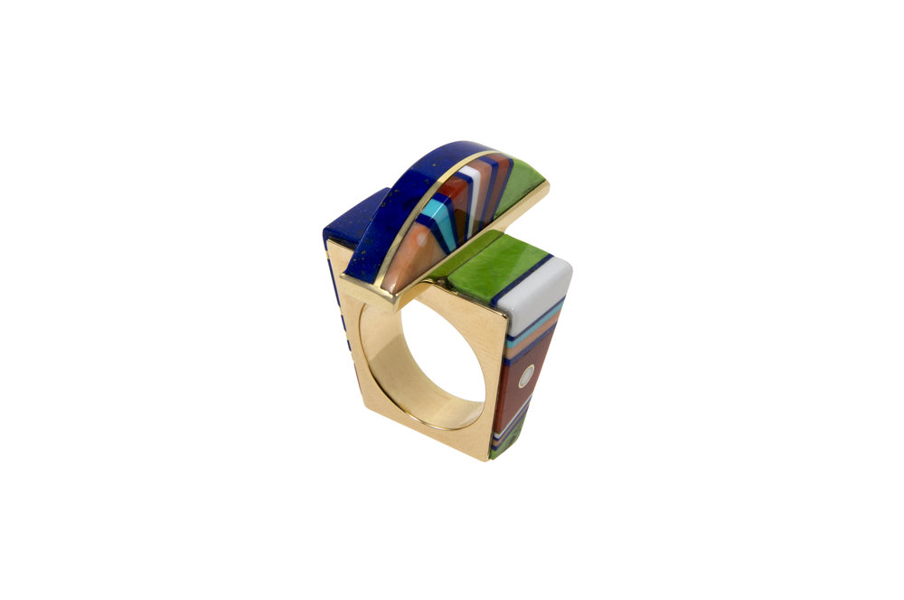 A coral, gaspeite, lapis lazuli, opal, turquoise and 18 karat gold ring, by Jesse Monongya, c. 2010