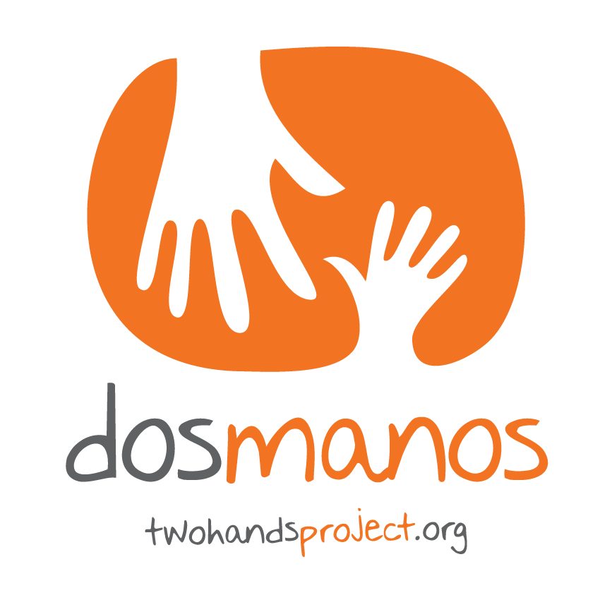 two_hands_logo_dosManos.png