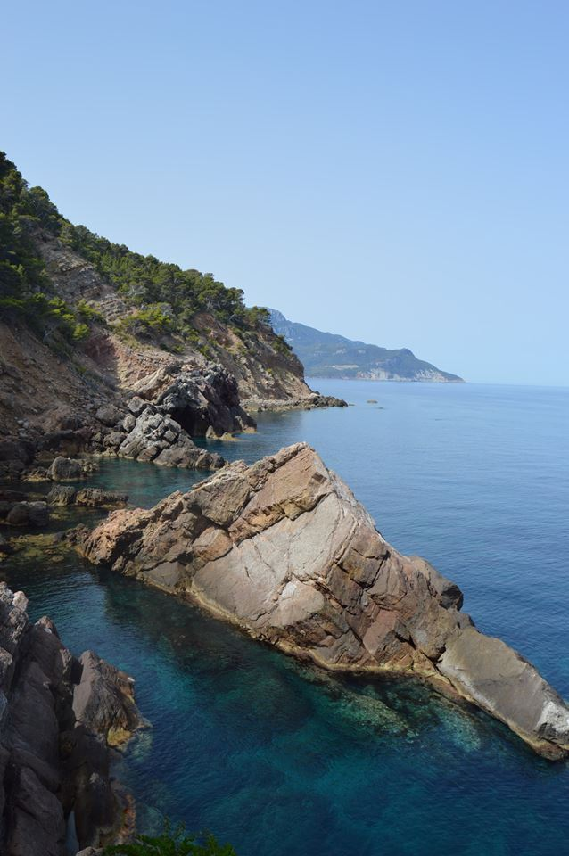 Cala S'Estaca coast.jpg
