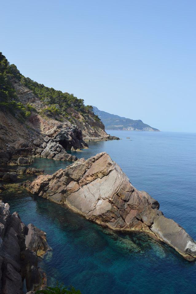 Cala S'Estaca coast.jpg