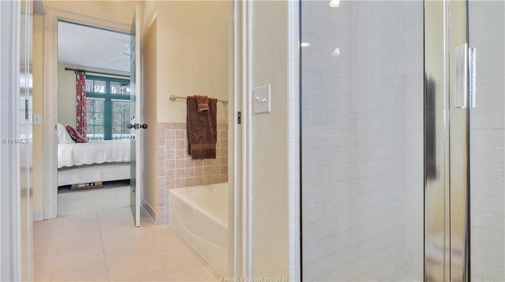 359854-residential-5kj8lq-l.jpg