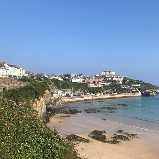 2 years ago today we moved to Newquay. So much has happened in those 2 years and mainly for the better, the shop being one of those things. Something which I would never have dreamed of while living in Essex. We all love living by the sea and it's safe to say Newquay & Cornwall have stolen our hearts. If there's something you really want to do and aren't sure, just do it. We haven't looked back 💛 . . . . #newquay #cornwall #kernow #kernowfornia #newbeginnings #shopsmall #shoplocal #shopindie #shopindependent #ethicalstore #cornishliving #cornishlife #noregrets
