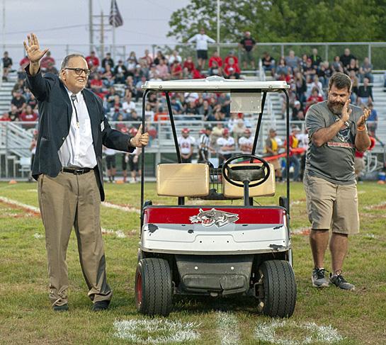 Mike Pettijohn honored at VWCS Homecoming