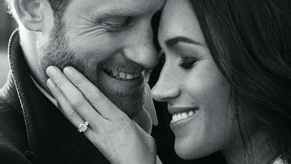 Meghan-Markle-Engagement-Vogue-Int-Alexi-Lubomirski-1.jpg