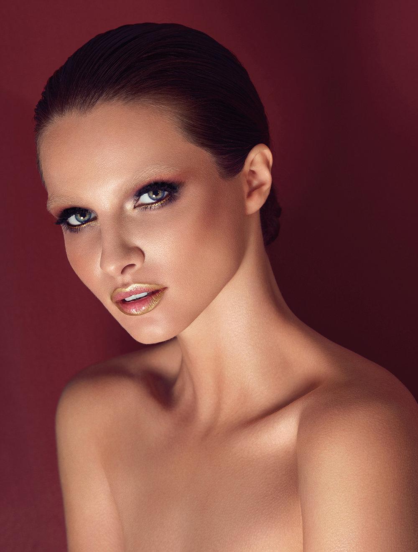 8-Paloma Fernandez for Glamour.jpg
