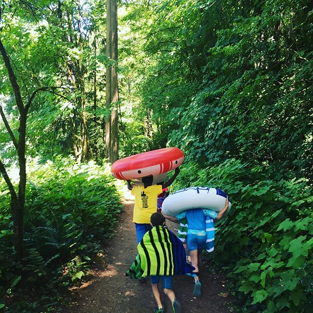 Beautiful day!! ~ ~ ~ ~ ~ ~ ~ ~ ~ ~ #summercamp #portlandmom #pdxlife #playoutdoors #naturecamp #nature #getoutside #outdoors #adventure #hike #swimmingholes #camp #portlandnw #portlandoregon #portlandlife #pdxparent #thatpnwlife #pwn #pnwonderland #portlandartist #portlandcamp #portlandmom #pdxmoms #pdx #portland #rainorshinecamps #portlandsummercamp #pnwgirl #pdxnow