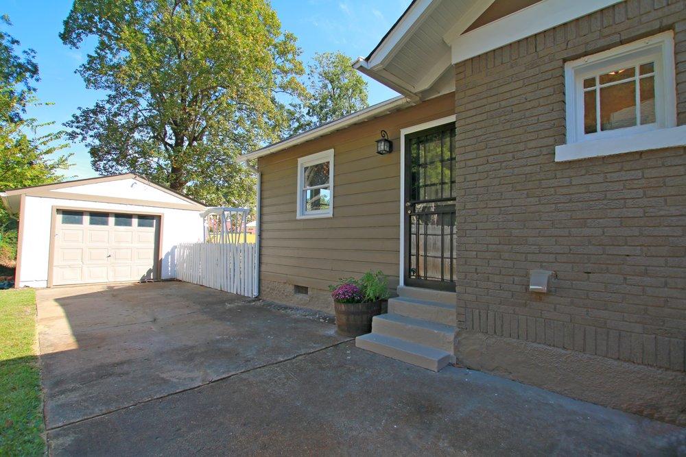 Prime Design Memphis, LLC - Exterior, Curb Appeal, Bungalow