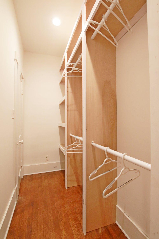 Prime Design Memphis, LLC - Walk-in Master Closet