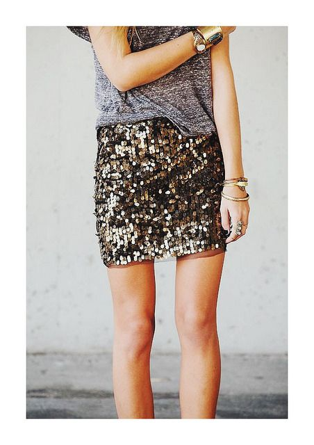 senior girl in gold sequin skirt and a simple t shirt