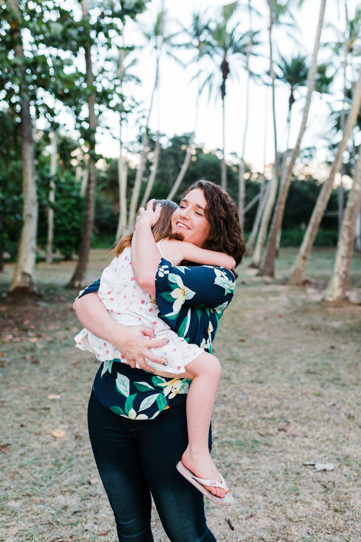 2018-12-02 Legue with Elle Family Photos Haleiwa-79.jpg