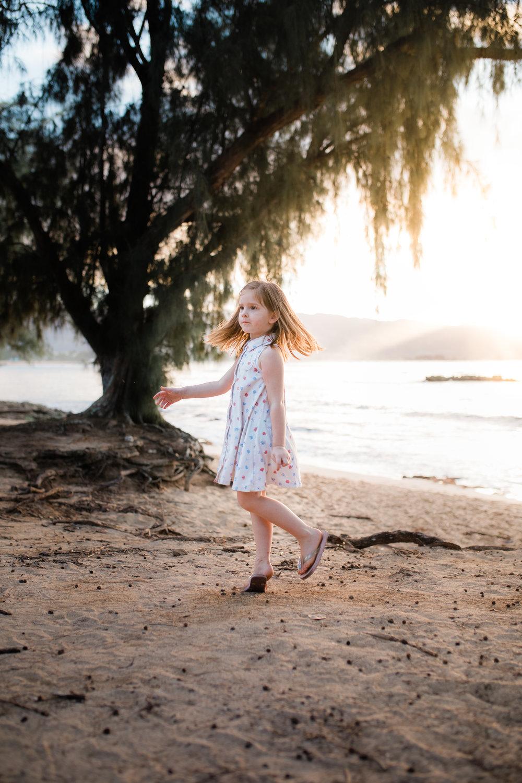 2018-12-02 Legue with Elle Family Photos Haleiwa-88.jpg