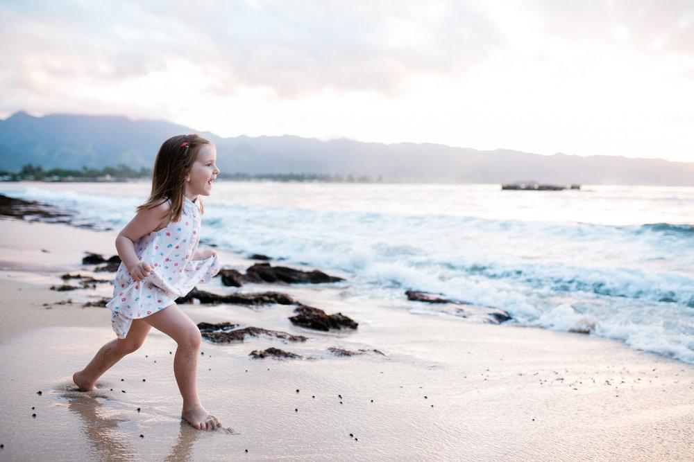2018-12-02 Legue with Elle Family Photos Haleiwa-100.jpg