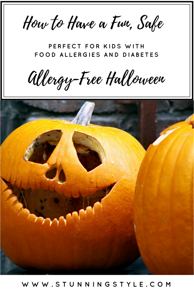 As a mom of kids with tree nut and peanut allergies, Halloween is the scariest night of the year for me. I don't want to miss out on all the photo ops, and I don't want them to miss out on the fun. We have a plan to keep them safe so they can have a fun allergy-free halloween. This is also perfect for kids with diabetes or food allergies like celiac disease.
