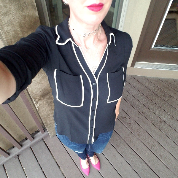 Stunning Style bold fall outfits. Black and white Portofino shirt, destroyed jeans, pink flats, Stella and Dot Alexia necklace.  Lipsense 1x Purple Reign 1x Blu-red 1x Purple Reign Glossy gloss.