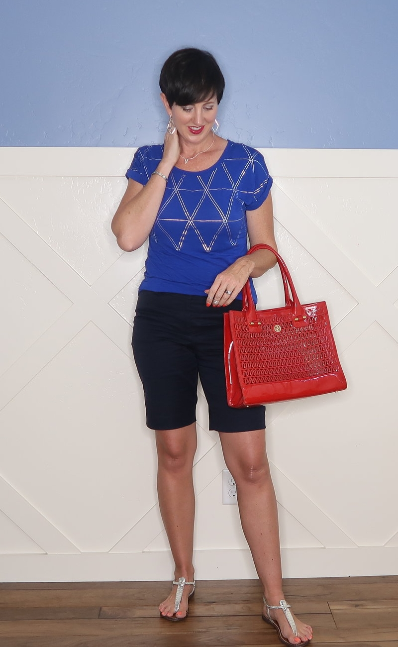 Red, white, and blue is the perfect summer color combo.  Check out what I wore when I loved red, white, and blue!
