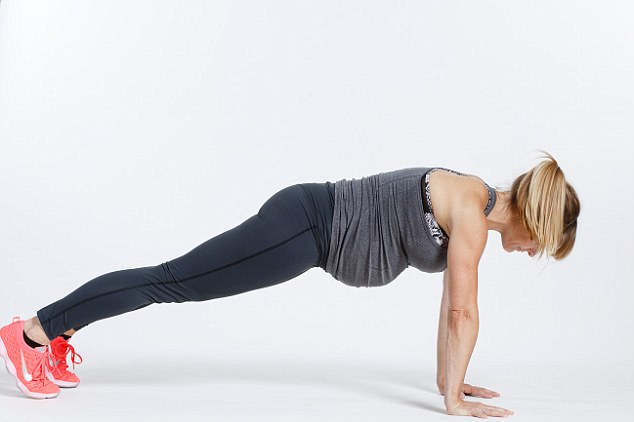Pregnancy woman push up.JPG