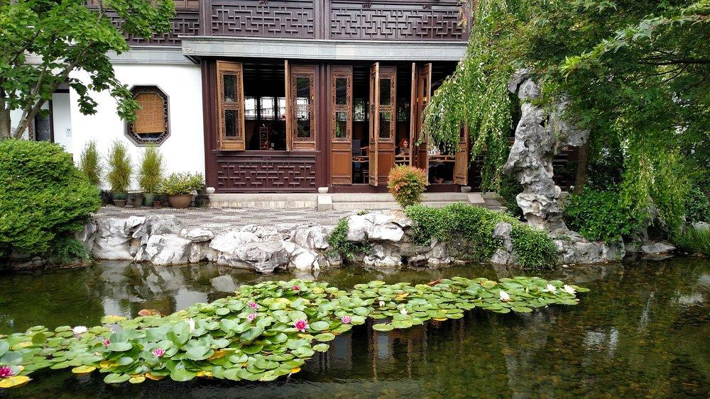 chinese-garden-1253379_1920.jpg