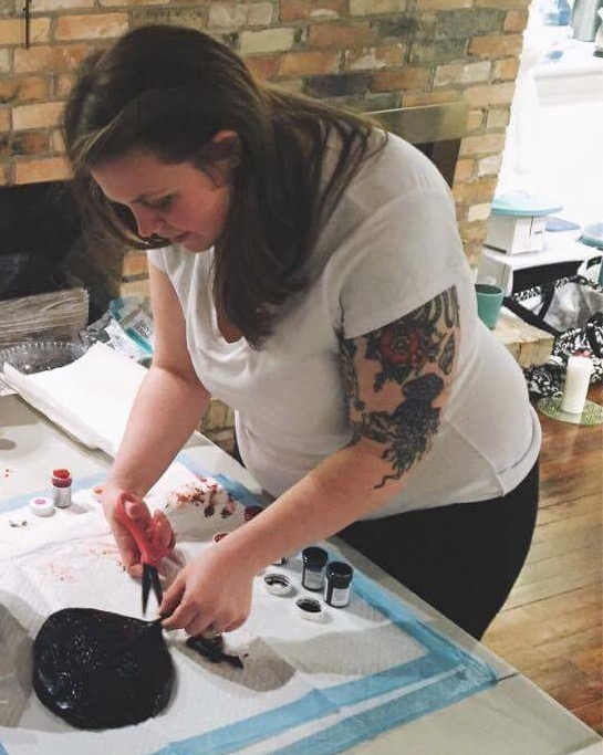 Jenny preparing a placenta for printing