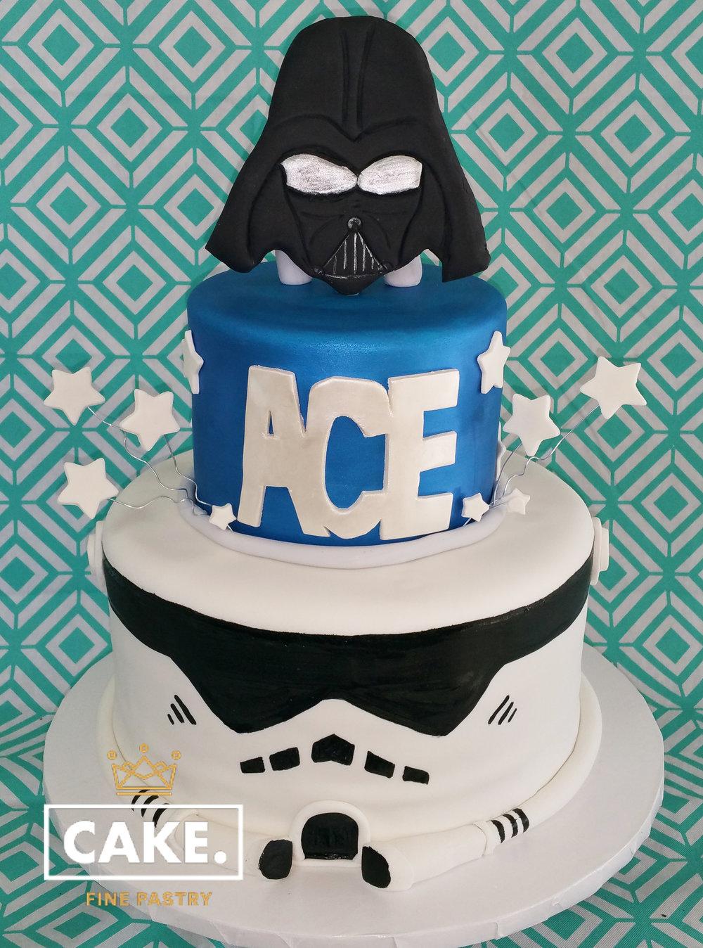 starwars cake.jpg