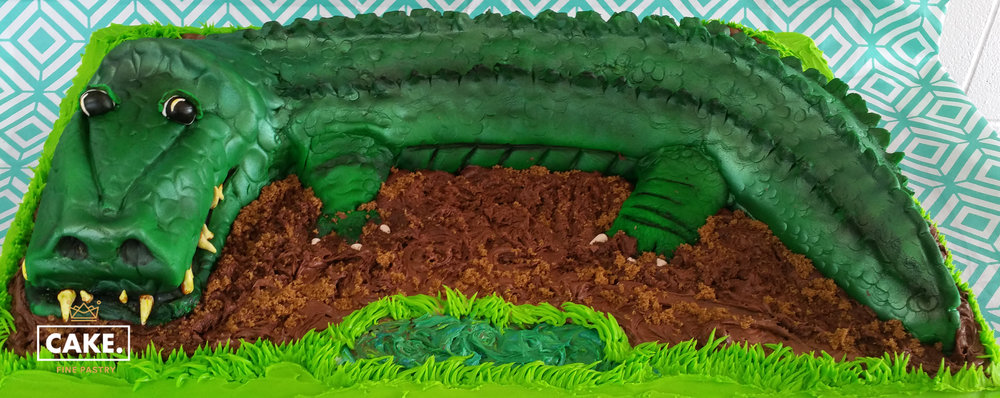 alligator cake.jpg